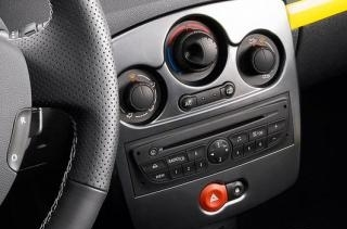 renault-clio_rs_2010_1-3a6b6bc
